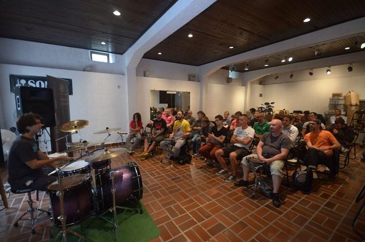 druženje s bubnjem