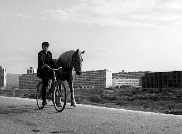 653377-dolazi-novi-grad-zagreb-1960.jpg