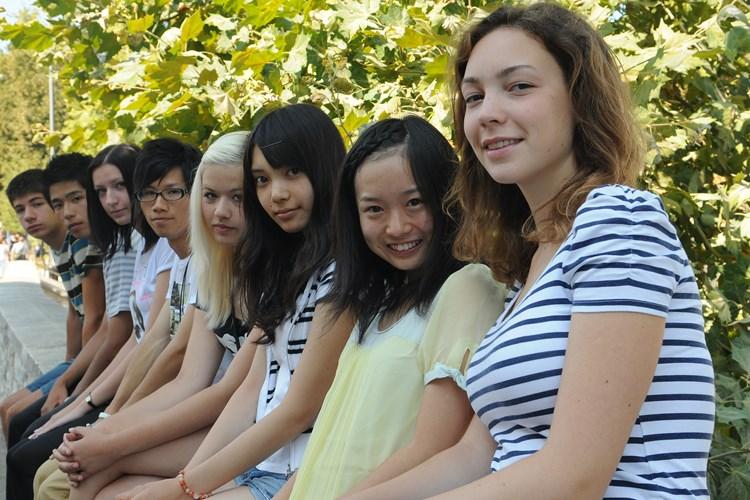 Izlasci iz Japana